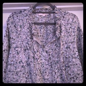 Like new LOFT light weight blouse